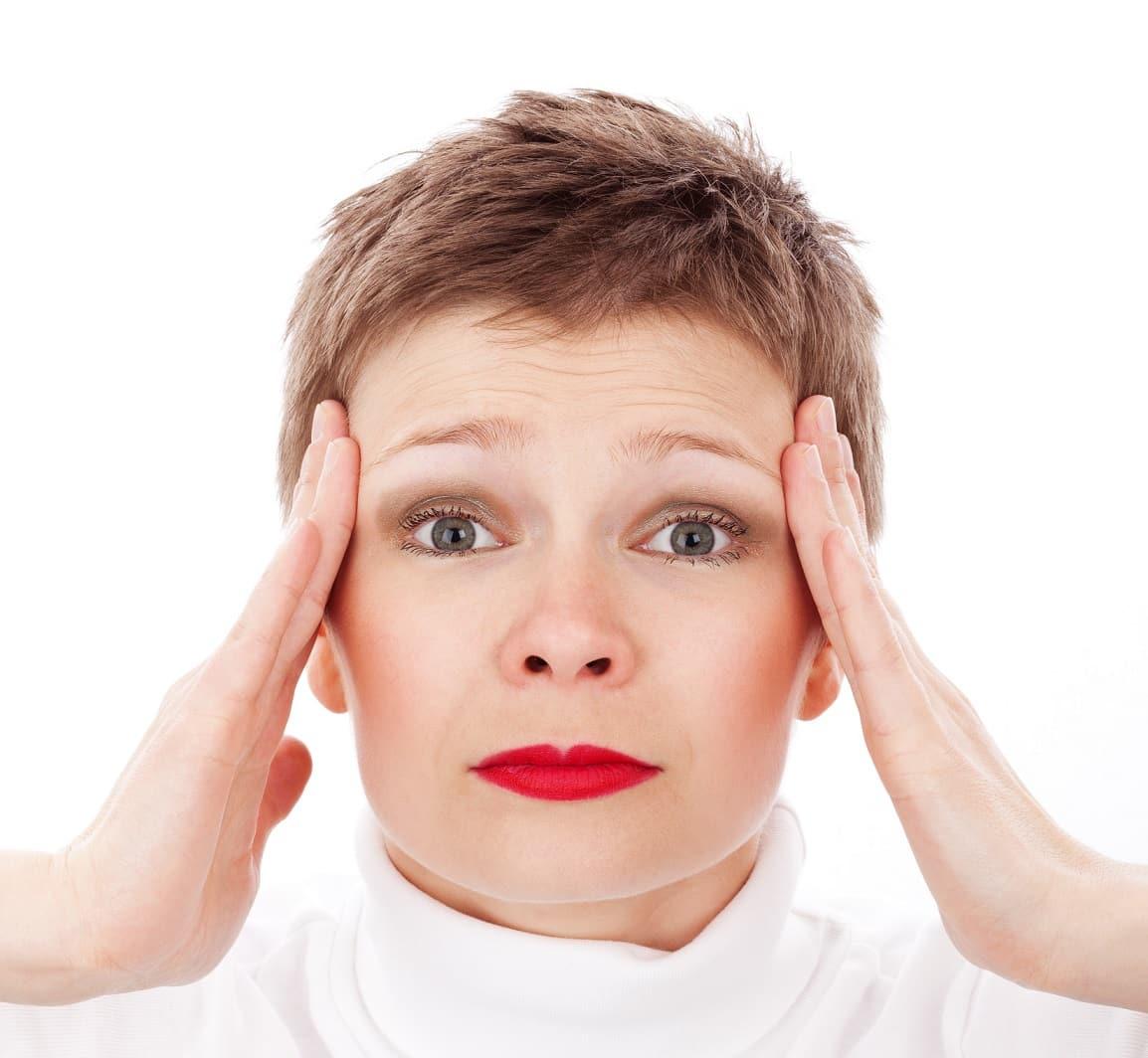 בלבול בתקופה של נשירת שיער אצל נשים בגיל המעבר