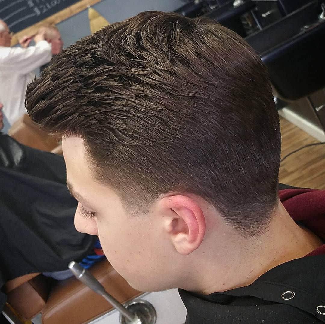 תספורת מדורגת לשיער דליל